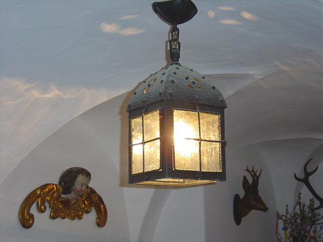 Eine der ersten Erfindungen im Bereich der Lampe, die Kerze